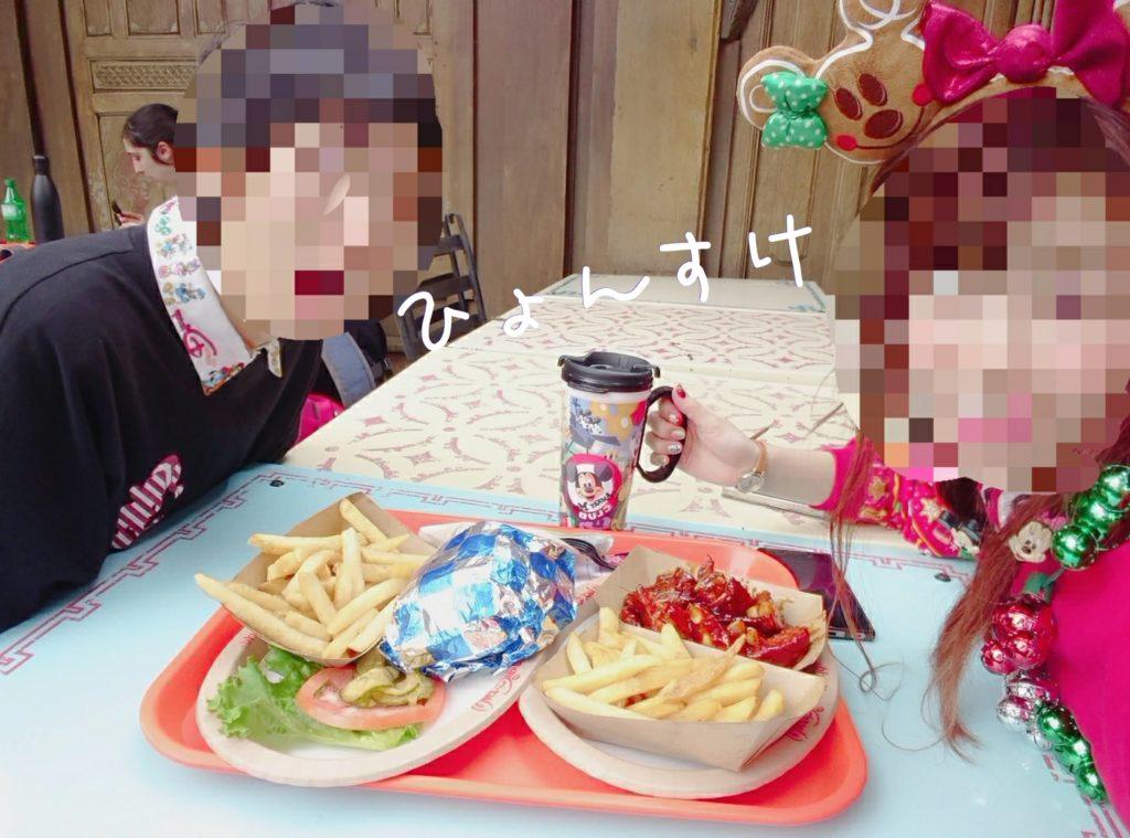 クイックサービスミールのお食事「Yak&Yeti Cafe Food POS」