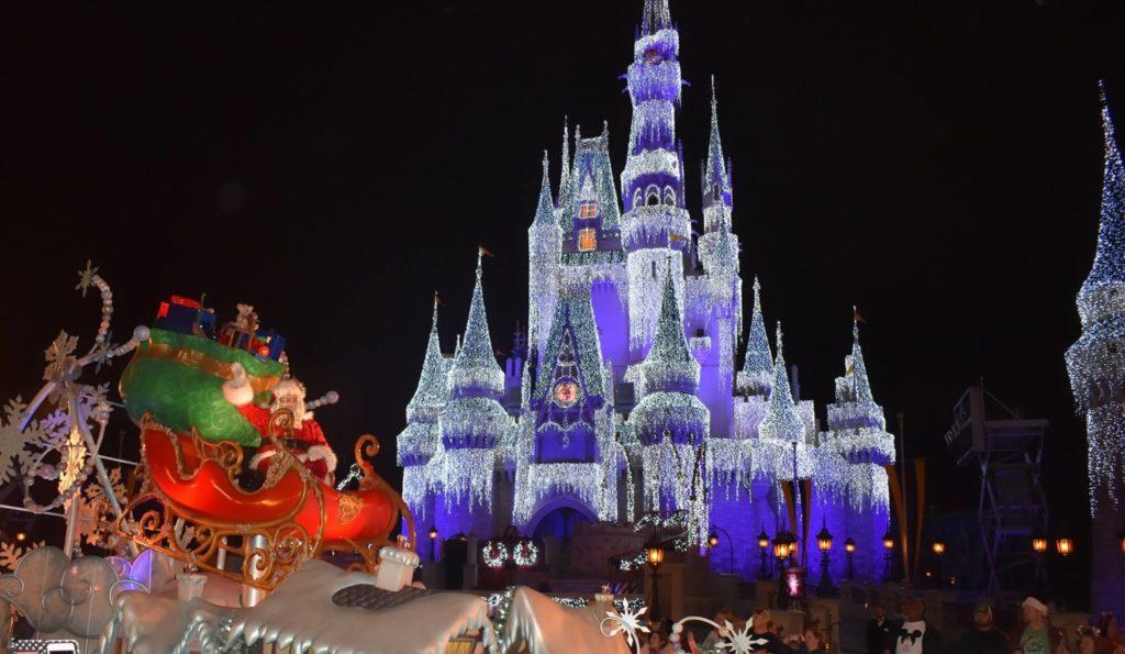 クリスマス限定パレード