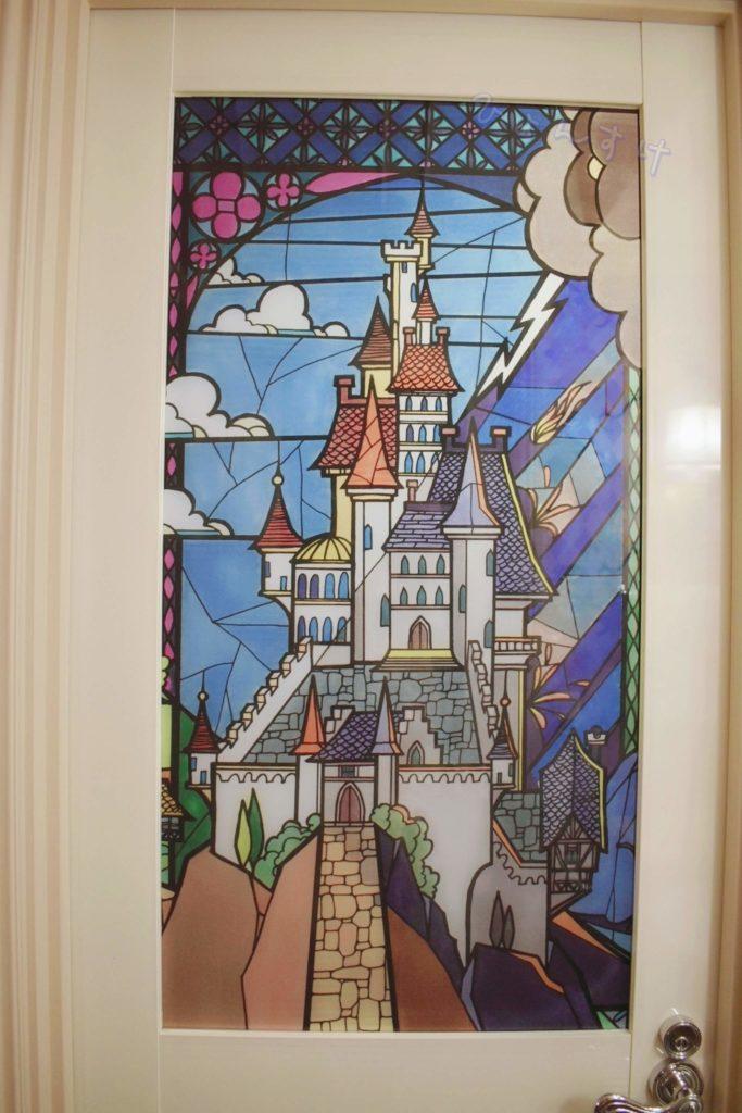 美女と野獣ルーム ステンドグラスのドア