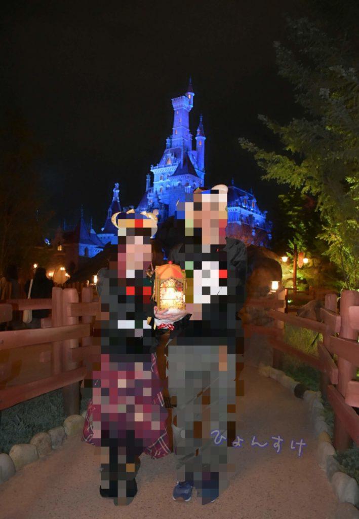 野獣のお城(右側):滝