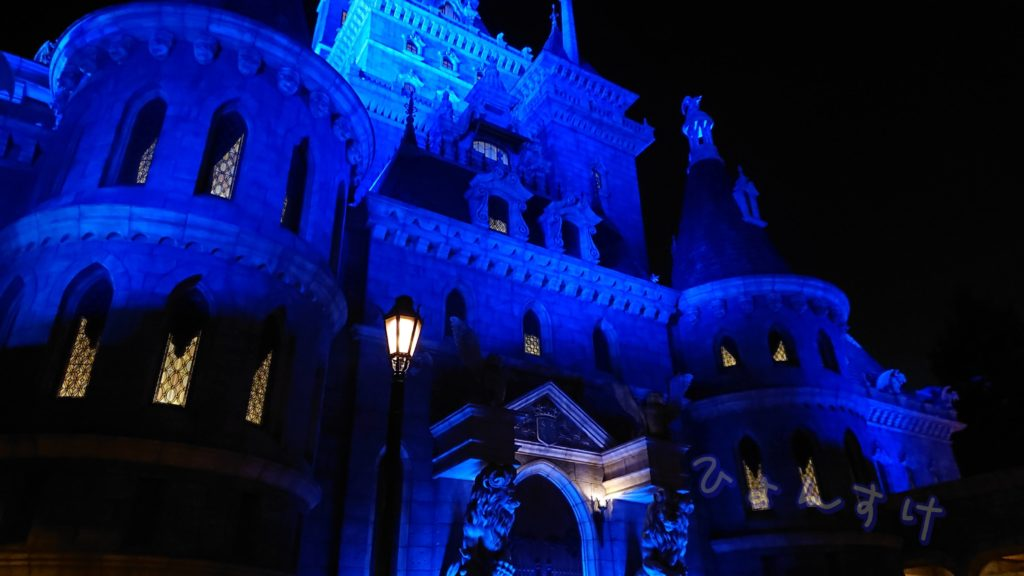 美女と野獣 野獣のお城 夜