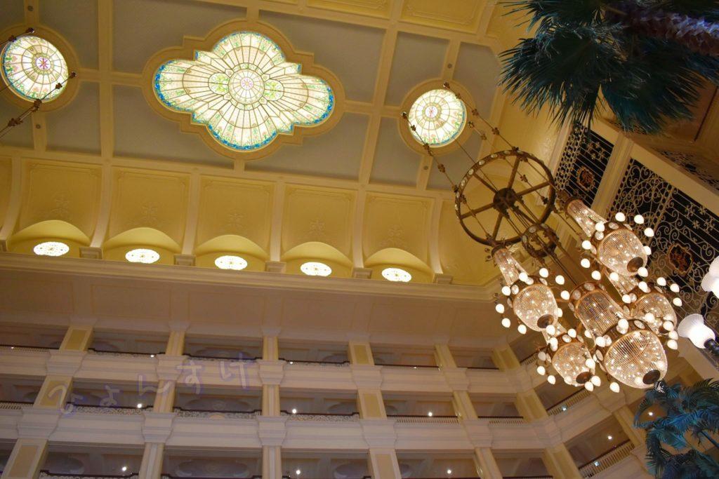 ディズニーランドホテル ロビー